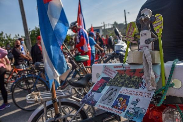 Amanece Cuba con caravanas en contra el bloqueo